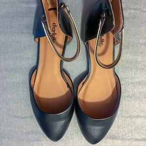 NWOT CHARLOTTE RUSSE Black Round-Toe Flats